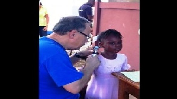 /images/r/news_hope-of-hearing-returns-to-haiti_0/586x329g0-0-260-195/news_hope-of-hearing-returns-to-haiti_0.jpg