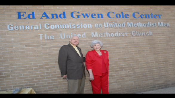 /images/r/news_in-memoriam-gwen-peck-cole_0/586x329g0-0-260-195/news_in-memoriam-gwen-peck-cole_0.jpg