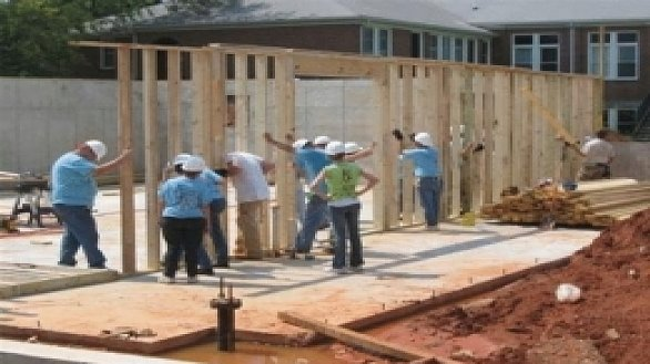 /images/r/news_um-men-rebuild-cottage-for-childrenrsquos-home_0/586x329g0-0-260-195/news_um-men-rebuild-cottage-for-childrenrsquos-home_0.jpg